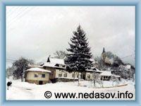 Nedašov - Střed obce v zimě