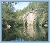 Žulový vrch - zatopený lom