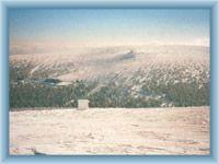Pohled z Pradědu na Ovčárnu v zimě