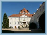 Zámek Vranov nad Dyjí - nádvoří