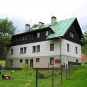 Chata u ski-areálu Modrá Hvězda