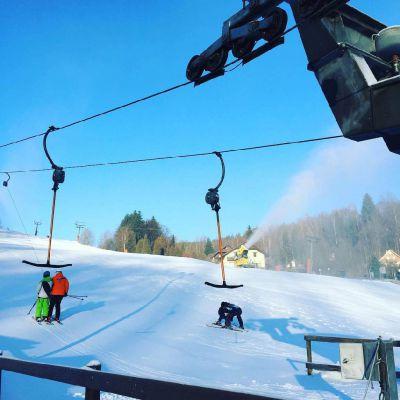 Hotel U Zvonu - ubytování+lyžařské kurzy pro školy