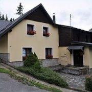Chata Karlov 37- ubytování na lyžařském svahu