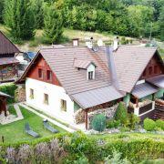 Chalupa v Krkonoších s bazénem, saunou a pivnicí