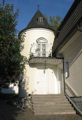 Villa Chateau