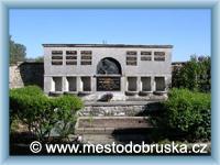 Dobruška - Hrobka rodiny Laichterovy