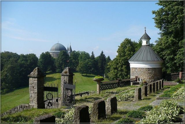 Hostýnek - hřbitov