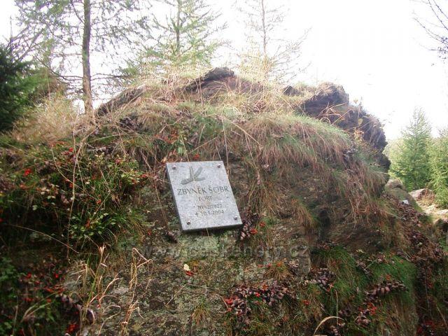 Lesní hřbitov v Tišině
