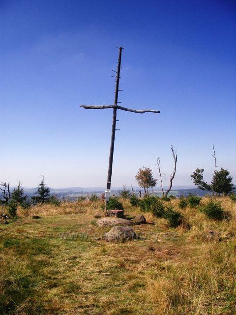 Jelení hora vrchol - kříž a 2 vrcholové knížky