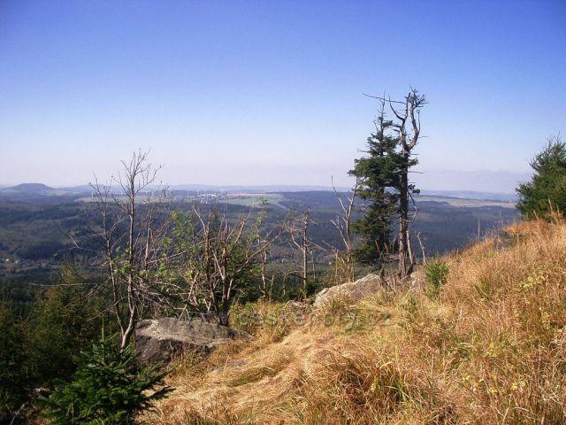Jelení hora vrchol - výhled na něm.stranu