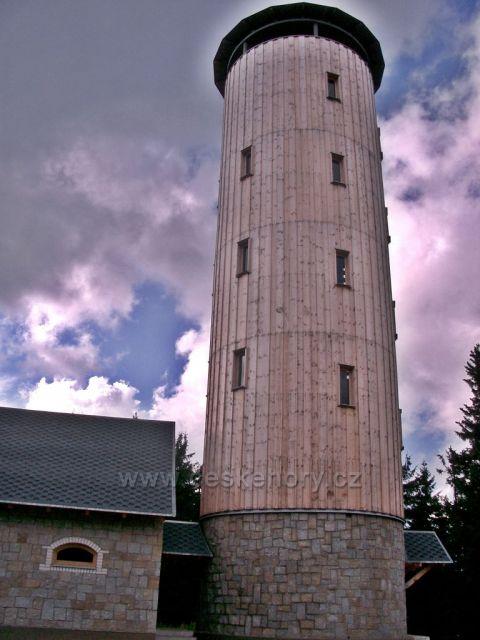 rozhledna Borůvková hora u Travné