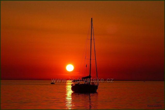 Západ slunce v Petrčane