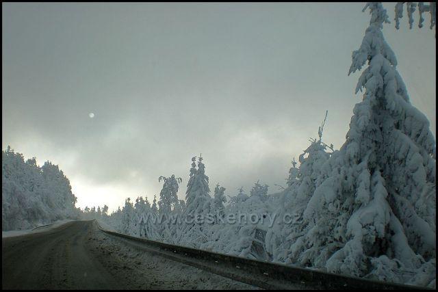 Silnice na Červenohorském sedle 21.12.2009