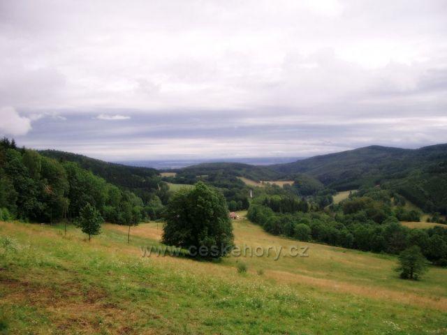 pohled od Travné - přechod k Javorníku