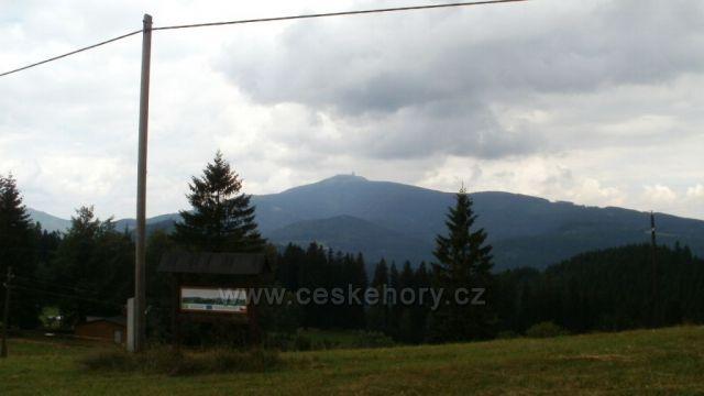 pohled z trasy Bílý Kříž - Gruň