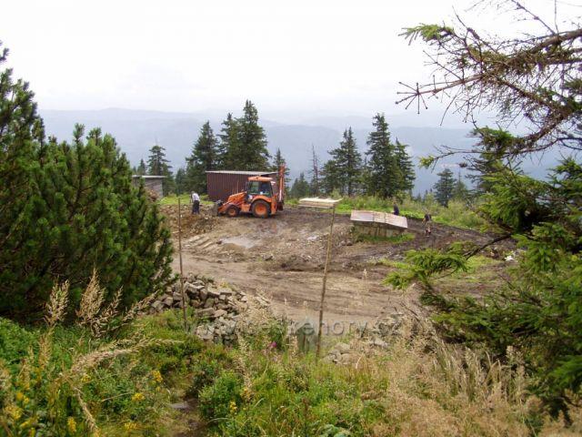 Zahajená stavba horské chaty na Lysé.
