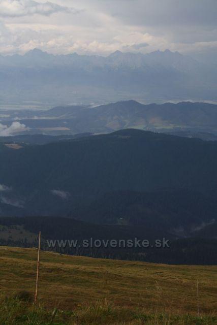 Podhůří Nízkých Tater a Vysoké Tatry.