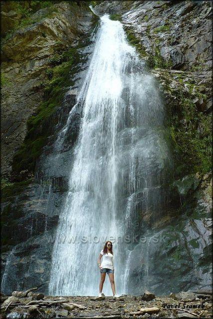 Šútovský vodopád (výška 38m)
