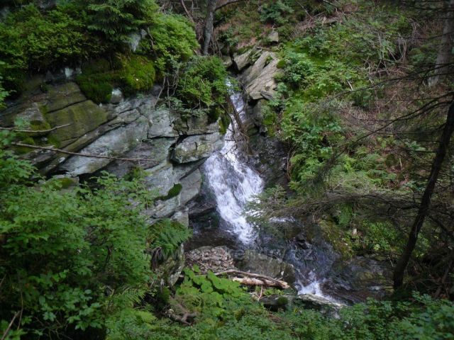 Vodopád na přítoku Merty