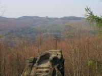 Kazatelna-skalní útvar 520m n.m, z kterého je znova po několika letech výhled