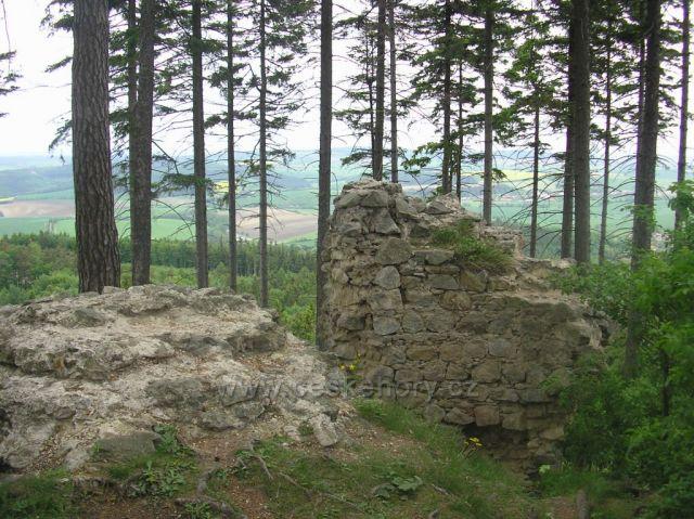 Střílecký hrad-zbytky hradu