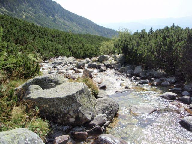 Okolí vodopádu Skok
