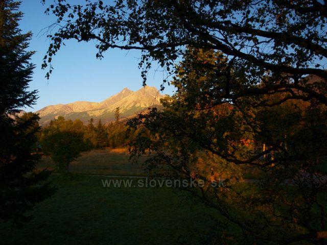 Podzimní Vysoké Tatry z Kežmařských Žlabů - Lomnický štít, Kežmarský a Malý Kežmarský štít