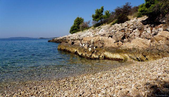 ostrov Čiovo - jihozápadní část (za obcí Okrug Gornji)