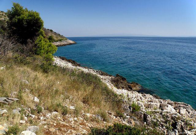 ostrov Čiovo - jižní část (za obcí Okrug Gornji)