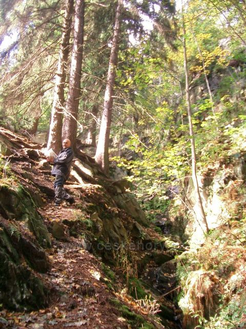 ke Kýšovickému vodopádu - umístění kešky