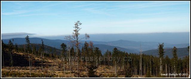 Šumava - vrchol Špičák, pohled do Čech