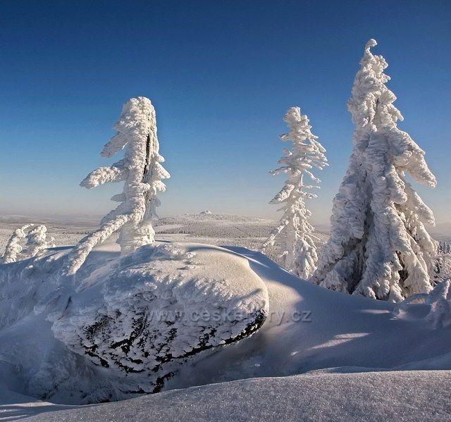 Pohled na Jizeru z úpatí Černé hory.