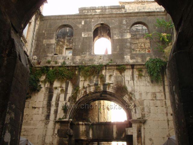 Stará architektura