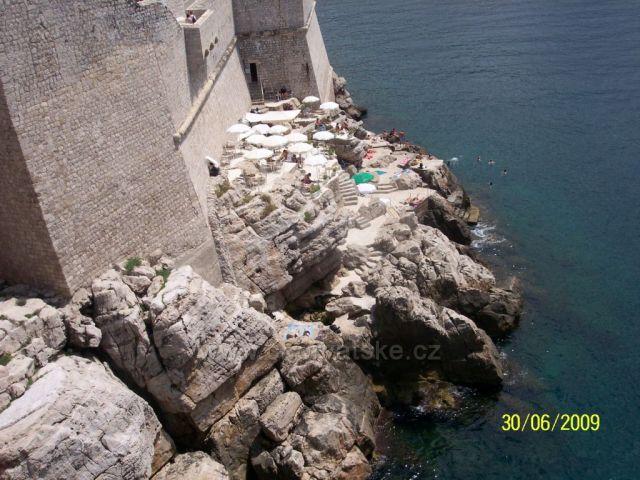 Pod hradbami Dubrovniku
