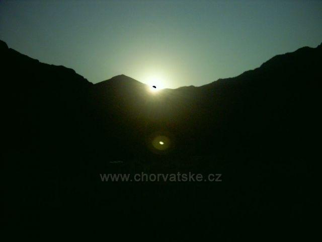 Gradac-východ slunce