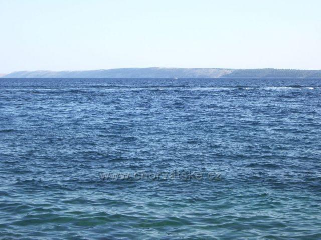 Pohľad z ostrova Brač (Bol) na ostrov Hvar