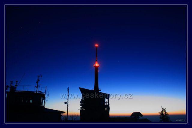 Před východem slunce na Lysé hoře