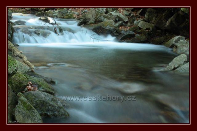 zátiší potoku Mazák pod Lysou horou