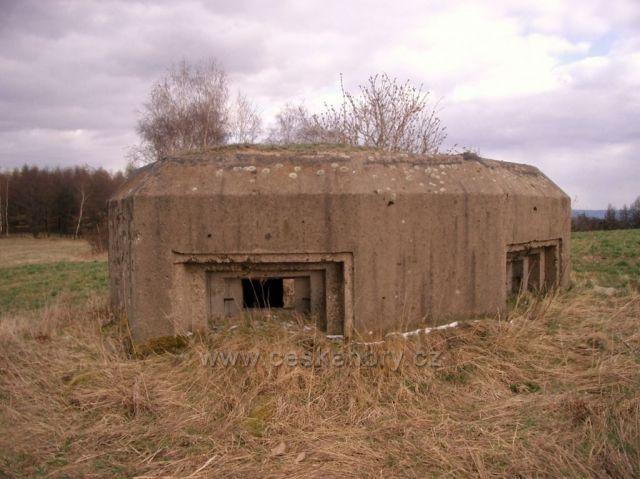 bunkr vz.36 nad Hačkou pod Krásnou Lípou
