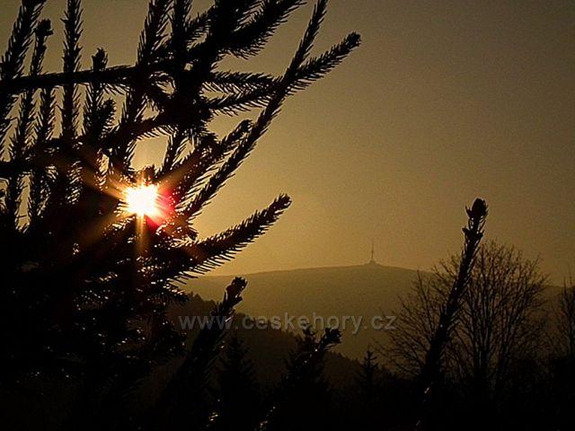 Východ slunce nad Pradědem