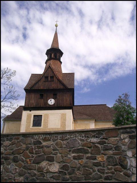 kostel Úhošťany