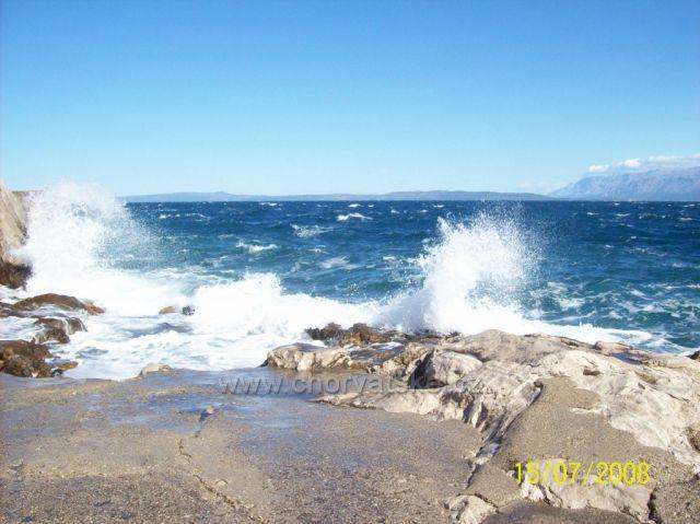 trochu vln