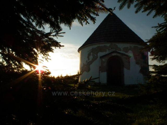 Ráno u Kunštátské kaple