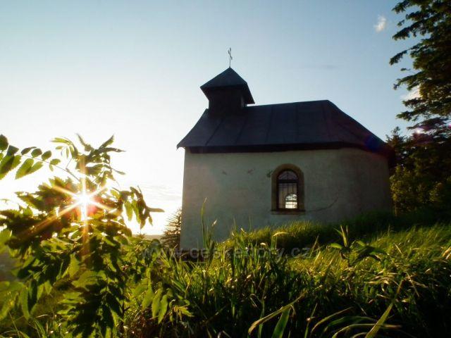 Ráno u Adamovy kaple