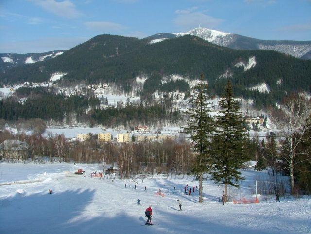 """pohled na Lysou horu z lyžařské sjezdovky """"Na Čele"""" Ostravice"""