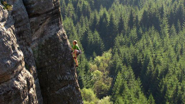 Lezec v Teplických skalách