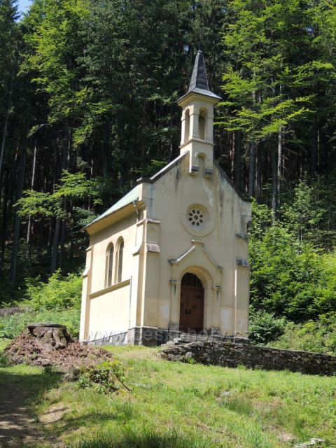 kostelík Svatý Antonín u Račího údolí