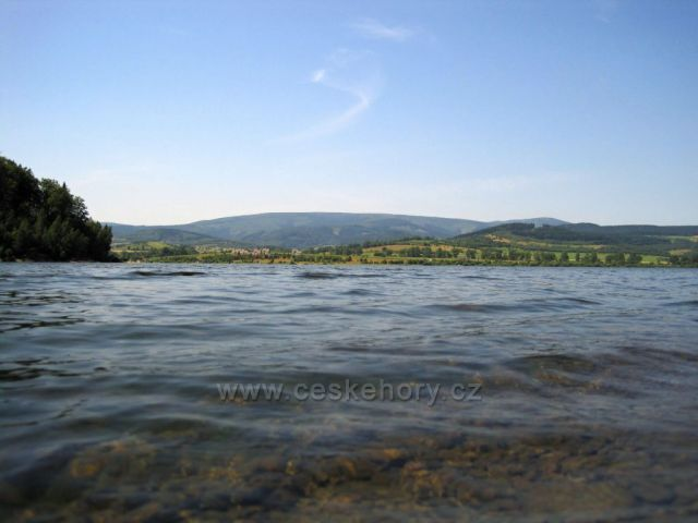 přehrada Bukowka - Polsko, pohled na Krkonoše