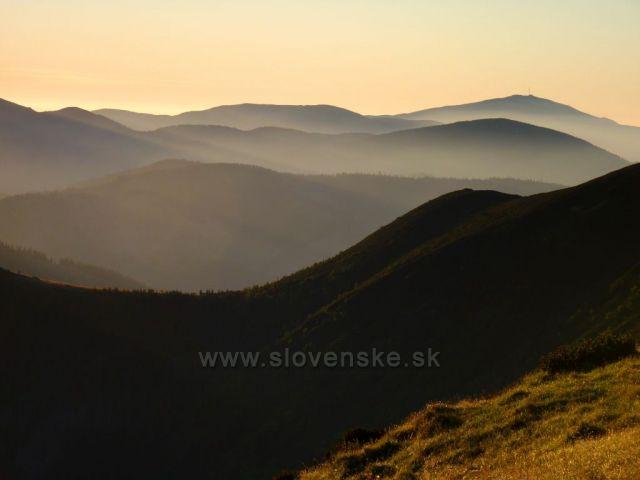 Letne rano v Nizkych Tatrach