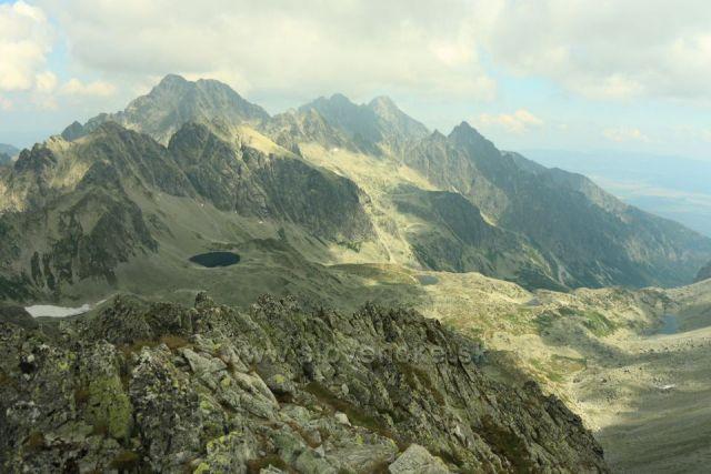 Velká Studená dolina z Východné vysoké v pozadí Lomnický štít